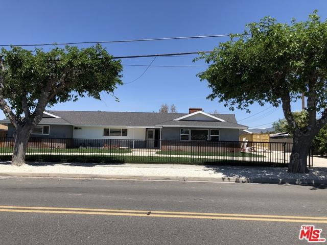 940 E WHITTIER Avenue, Hemet, CA 92543