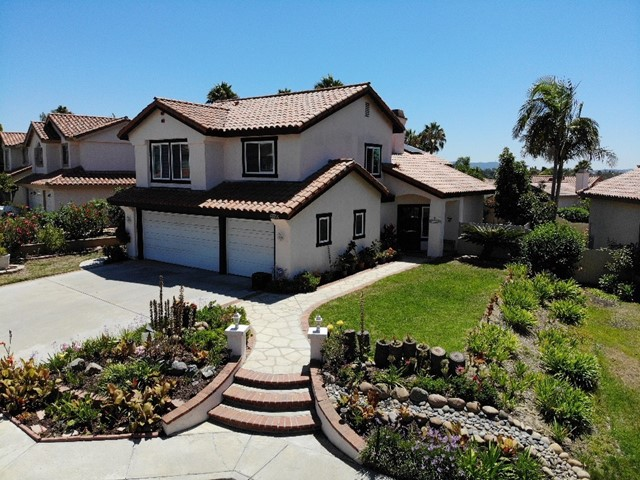 1556 Madrid Dr, Vista, CA 92081