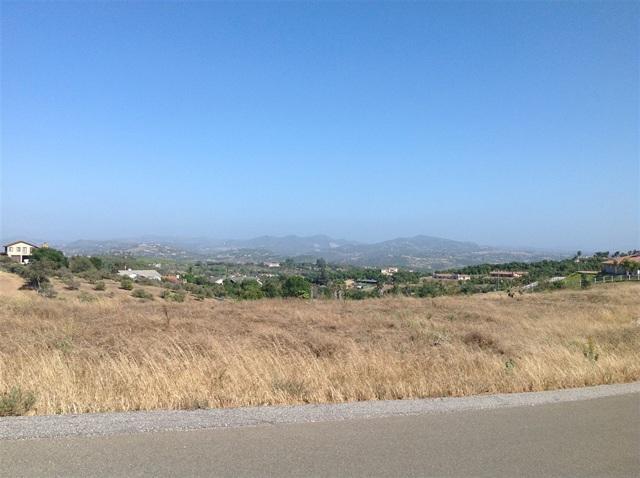 2 Villa Del Cielo, Bonsall, CA 92003