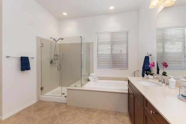 025_Master Bathroom