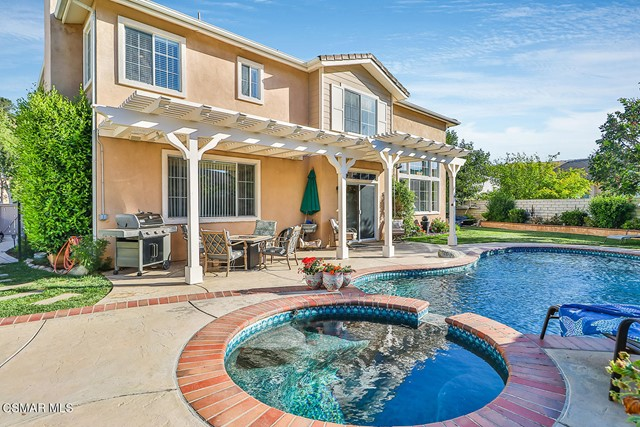 3. 215 Southcrest Place Simi Valley, CA 93065