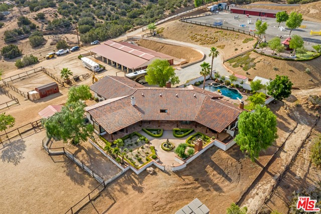 Photo of 35020 Sipes Place, Agua Dulce, CA 91390