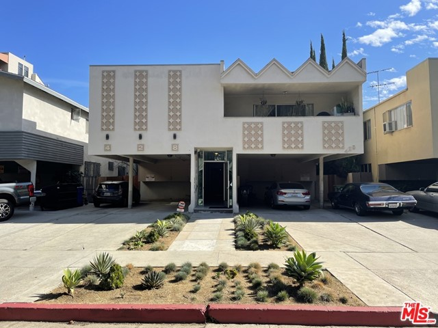 Perfect Owner User or Development opportunity located steps away from Beverly Hills, Robertson shops and restaurants, Cedar Sinai, Beverly Center and more. This 3-unit (Triplex) comprised of 6,400 SF building on a 6,500 SF lot zoned LAR3 in a T.O.C. (transit oriented community). Opportunity to deliver Owner Unit VACANT for buyer to entitle/live in the Owner Unit - made up of the entire ground floor (3 bed / 3 bath - completely remodeled to the studs and updated in 2019) and/or achieve rental income on the other 2 upstairs units. Ideal development or rehab opportunity as well for new buyer to renovate upstairs units or entitle property for higher density apartment building (estimated 12+ units).