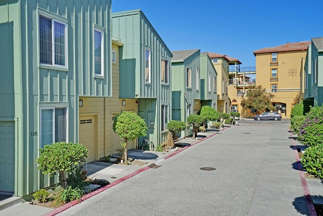 118 Bob Hansen Court, San Jose, CA 95116