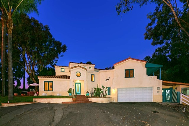 1204 Summit Pl, Escondido, CA 92025