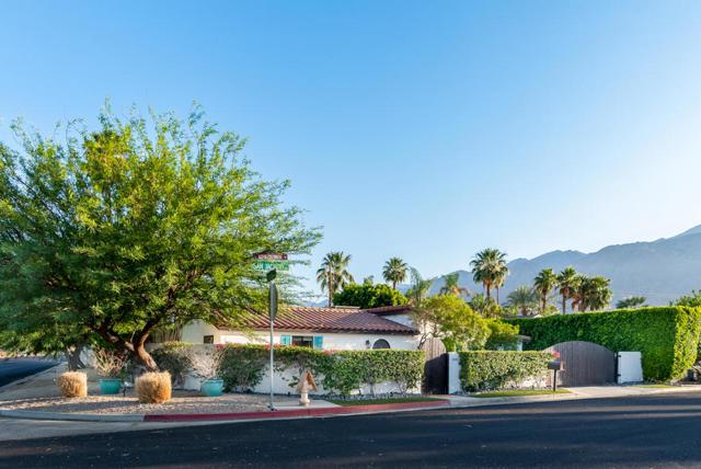 1685 E San Jacinto Way, Palm Springs, CA 92262