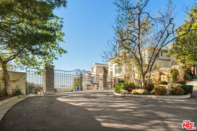 16656 Calle Haleigh, Pacific Palisades, California 90272, 3 Bedrooms Bedrooms, ,2 BathroomsBathrooms,Single family residence,For Lease,Calle Haleigh,21716176