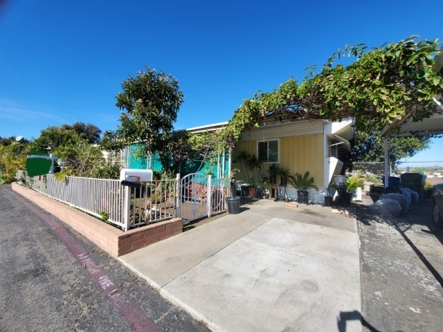 200 Olive Ave SPC 123, Vista, CA 92083