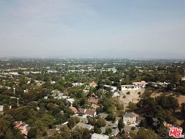 13406 W Newcomb Drive, Sherman Oaks, CA 91423