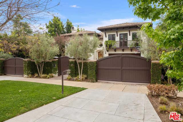 709 MORENO Avenue, Los Angeles, CA 90049
