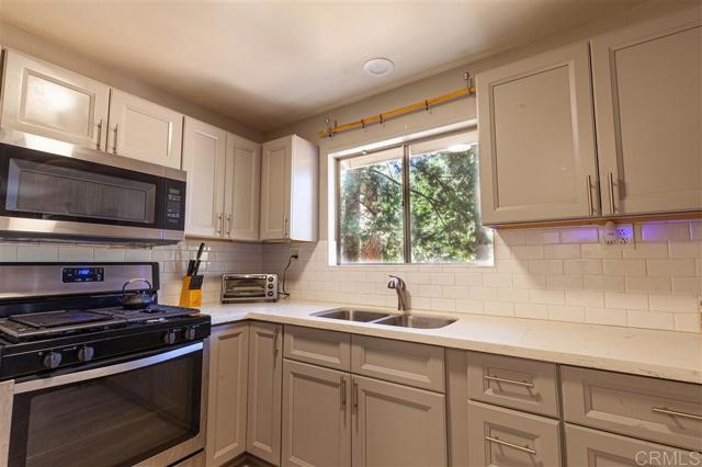 5965 Robin Oak Drive, Angelus Oaks, CA 92305 Photo 11