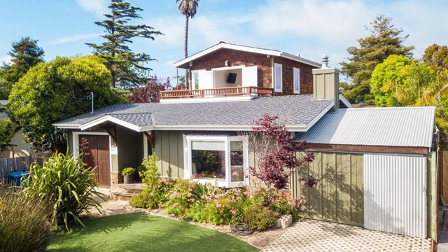 411 24th Avenue, Santa Cruz, CA 95062
