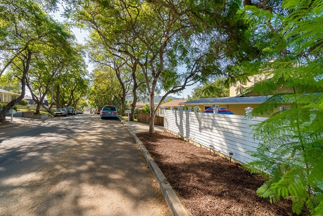 8842 Country Club Pl, Spring Valley, CA 91977