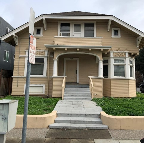 698 8th Street, San Jose, CA 95112