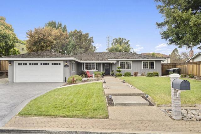 835 Encino Drive, Morgan Hill, CA 95037