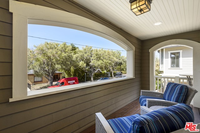 1532 Olive St, Santa Barbara, CA 93101 Photo 7