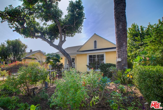 Amazing Opportunity! This charming duplex is situated in Venice's hot east of Lincoln neighborhood. Tucked away yet close enough to amazing restaurants, schools, Venice Beach and Abbot Kinney just a short bike ride away! With two separate homes on a large lot the potential is endless for a family compound/rental or builder/investor. The front home offers 3bd, 2ba and special features include an organic chefs garden, cozy hardwood floors throughout ,updated baths and french doors that lead to a secret koi pond. The other home a 2bd, 2ba with a master bedroom that feels like a tree house retreat! One home to be delivered vacant. One home tenants are a month to month lease. Don't miss this great opportunity to live, work and play in Venice! You'll love the feel of this welcoming neighborhood and want to call this home!