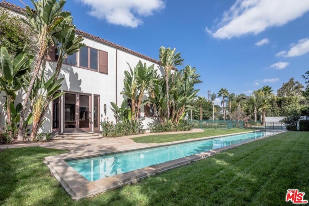 地址: 706 Canon Drive, Beverly Hills, CA 90210