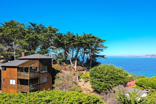 130 Blackburn Terrace, Pacifica, CA 94044
