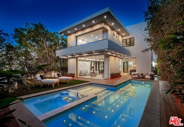 Photo of 8566 COLGATE Avenue, Los Angeles, CA 90048