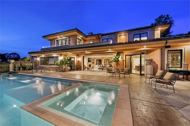 2115 Merida Ct, La Jolla, CA 92037
