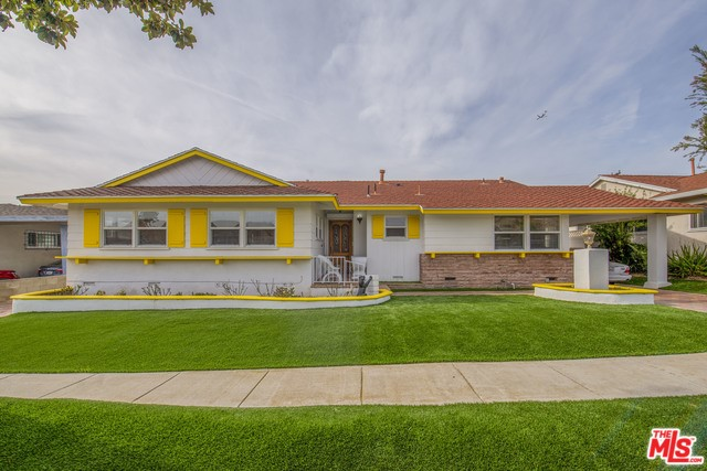 10609 S 4TH Avenue, Inglewood, CA 90303