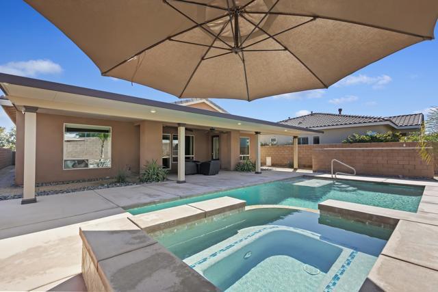 43485 Croisette Court, La Quinta, CA 92253