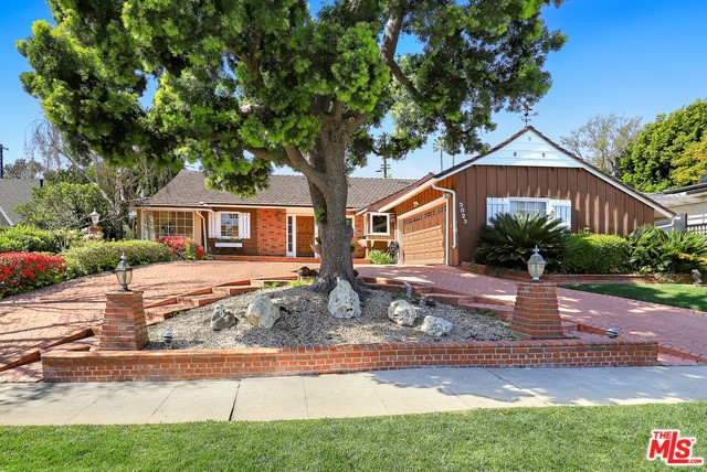 3023 CAVENDISH Drive, Los Angeles, CA 90064
