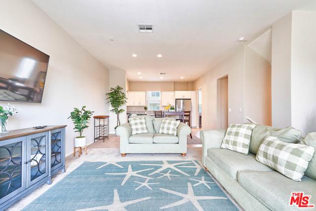768 Central Avenue, Upland, CA 91786