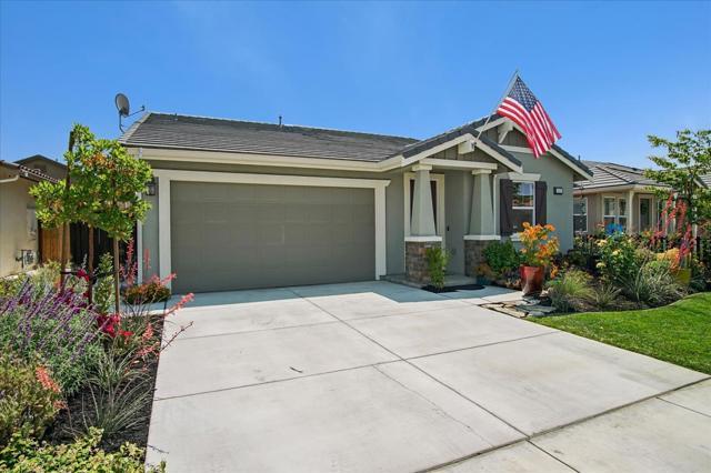 649 Sacramento Hollister, CA 95023