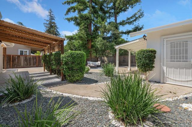 36. 881 Stonehurst Way Campbell, CA 95008