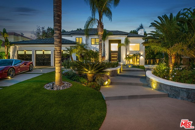 Photo of 25879 Chalmers Place, Calabasas, CA 91302