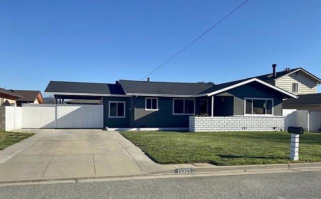 19325 Bellinzona Avenue, Salinas, CA 93906