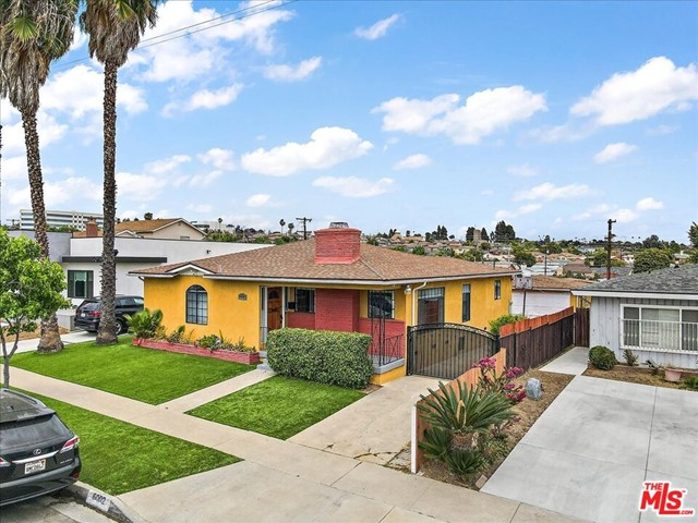 31. 6002 S La Cienega Boulevard Los Angeles, CA 90056