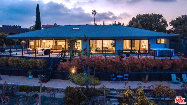2. 4146 Mantova Drive Los Angeles, CA 90008