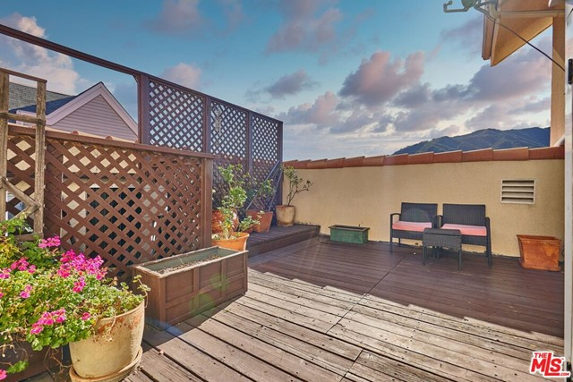 2716 Honolulu Av, Montrose, CA 91020 Photo 16