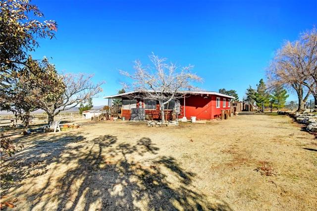 32130 Largo Vista Rd, Llano, CA 93544