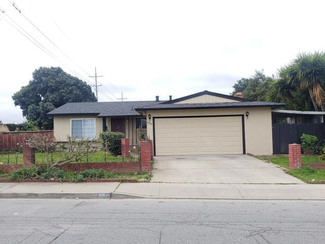 694 Los Coches Avenue, Salinas, CA 93906