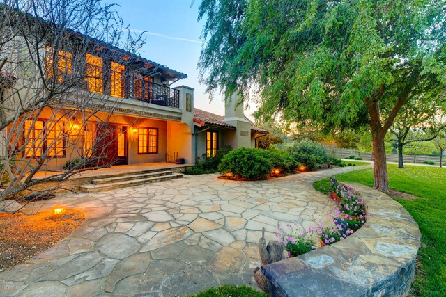 12150 Mountain Lion Road, Ojai, CA 93023