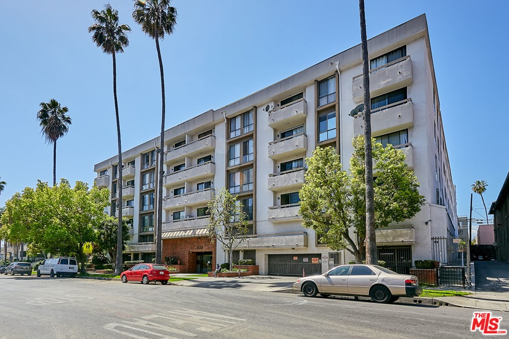 533   S St Andrews Place   202, Los Angeles CA 90020