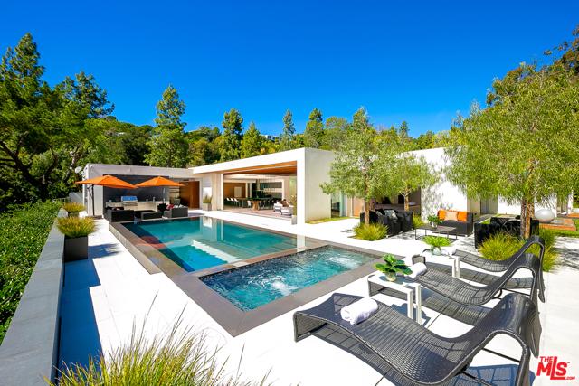 1120 Loma vista Drive, Beverly Hills, CA 90210