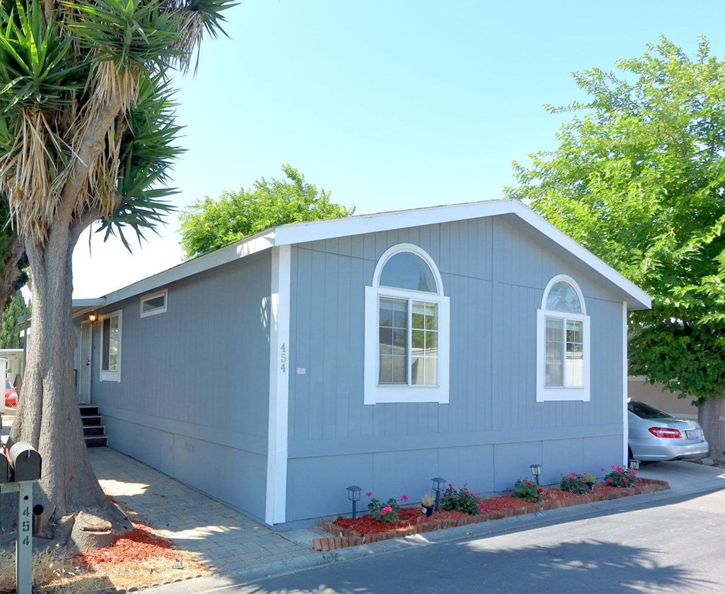 454     Pinefield Road   454, San Jose CA 95134