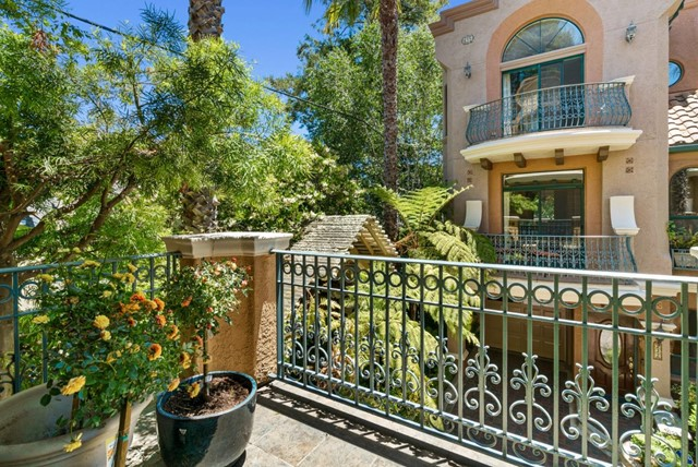 11. 233 Villa Mar Santa Cruz, CA 95060