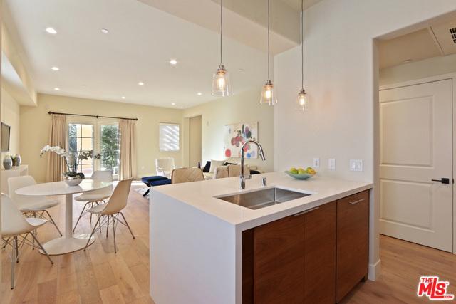 218 S oakland 209, Pasadena, CA 91001