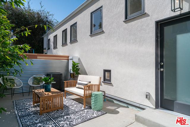 1000 W Kensington Road, Los Angeles, CA 90026