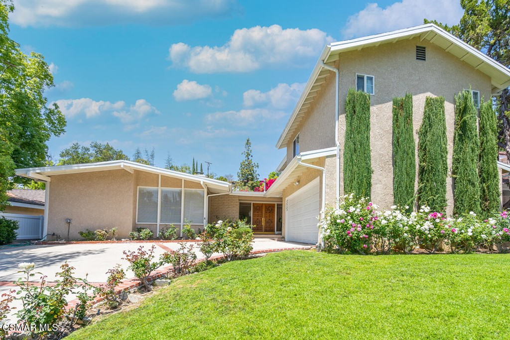 22723     Margarita Drive, Woodland Hills CA 91364
