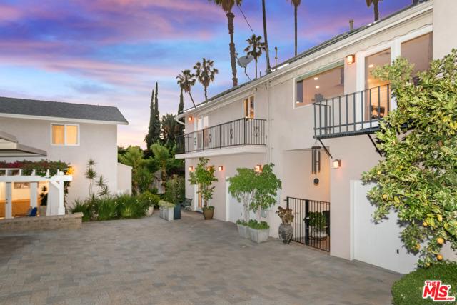 10758 AQUA VISTA Street, Studio City, CA 91602