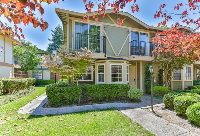 38 Devonshire Avenue Mountain View, CA 94043