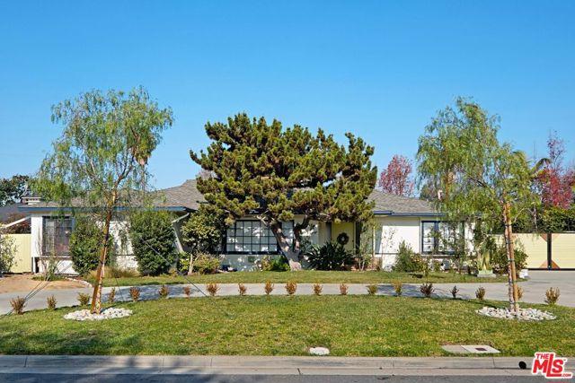 1025 W River Lane, Santa Ana, CA 92706