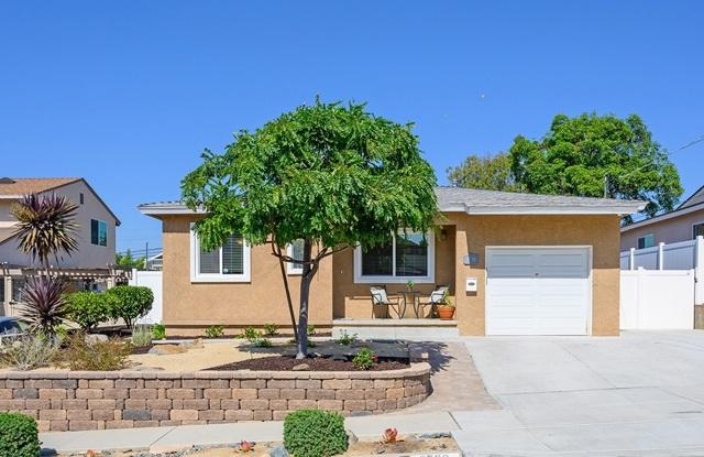 8738 Crockett St, La Mesa, CA 91942